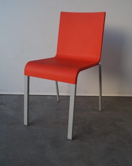 Matsalsstol Vitra .03 Orange/Röd